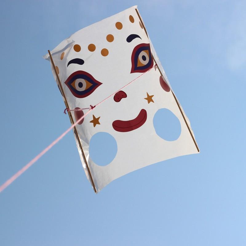 KIT : The kite - LAI-CERF-VOLANT - L'atelier Imaginaire - Creative Kits - Le Nuage de Charlotte