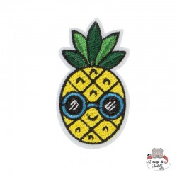 "Iron Patch Accessory ""Pineapple with sunglasses"" - S&BEVA022 - Sass & Belle - Iron Patch - Le Nuage de Charlotte"